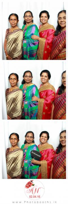 Srilanka-wedding-photo-booth-16