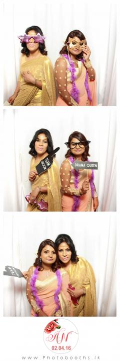 Srilanka-wedding-photo-booth-9
