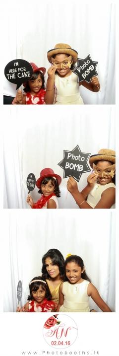 Srilanka-wedding-photo-booth-12