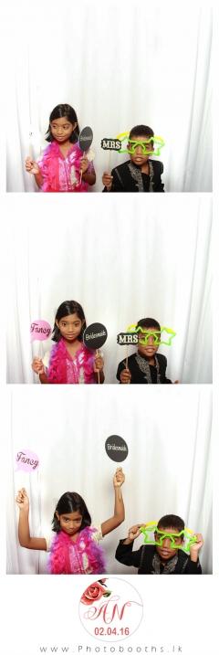Srilanka-wedding-photo-booth-20