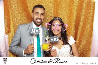 Chistina & Ruwin Wedding Photo-Booth (117)