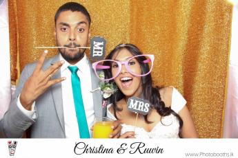Chistina & Ruwin Wedding Photo-Booth (119)