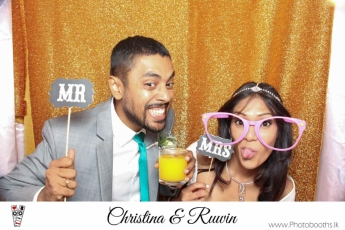Chistina & Ruwin Wedding Photo-Booth (118)