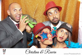 Chistina & Ruwin Wedding Photo-Booth (121)