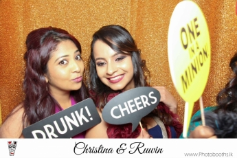 Chistina & Ruwin Wedding Photo-Booth (4)