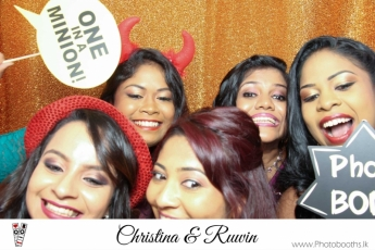 Chistina & Ruwin Wedding Photo-Booth (7)
