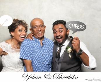 Yohan & Dheethika wedding Photobooth (16)