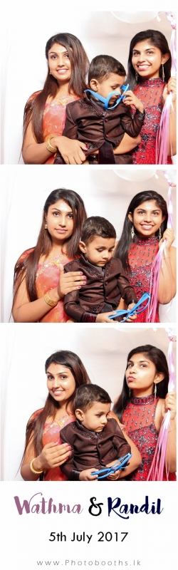 Wathma-Randil-Photo-booth-pics-48