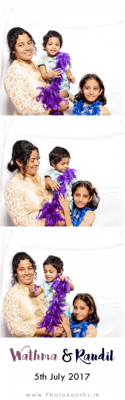 Wathma-Randil-Photo-booth-pics-95